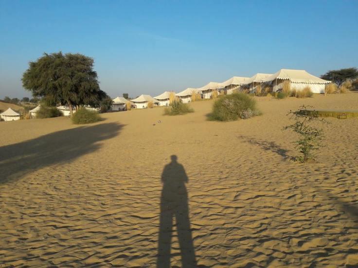 desert camp manwar